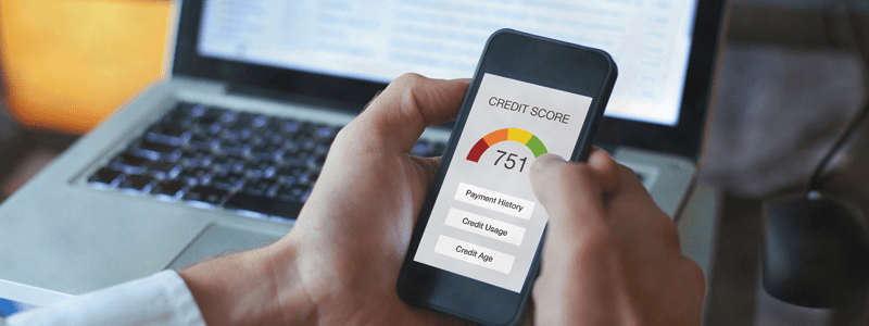 Checking credit score on mobile phone